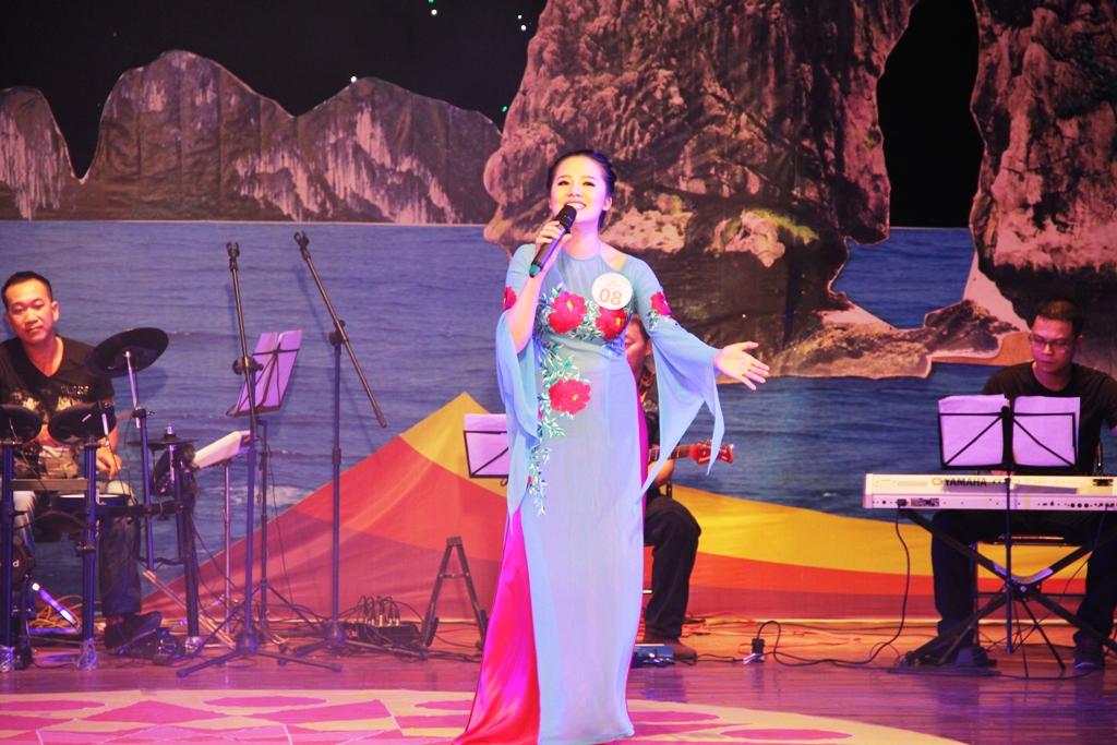 Ca sĩ ngành than giành ngôi quán quân Tiếng hát PT-TH Quảng Ninh 11