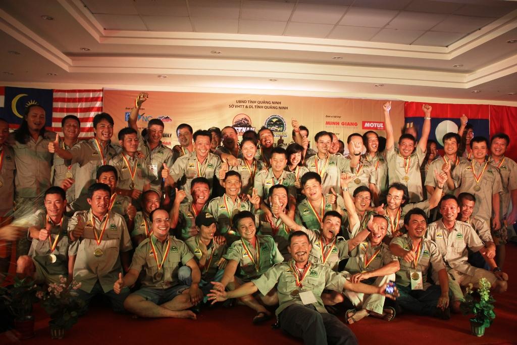 Các đội Việt Nam độc chiếm vị trí Top 15 11