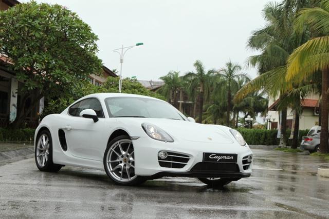 Cùng trải nghiệm các dòng xe Porsche tại Hạ Long 2