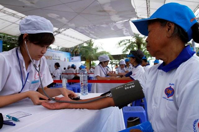 Quảng Ninh: Hơn 2.000 người đi bộ hưởng ứng ngày tim mạch thế giới 5