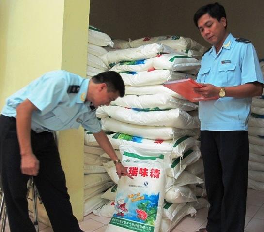 Quảng Ninh: Liên tiếp bắt các vụ buôn lậu hang hóa, vận chuyển gia cầm 3