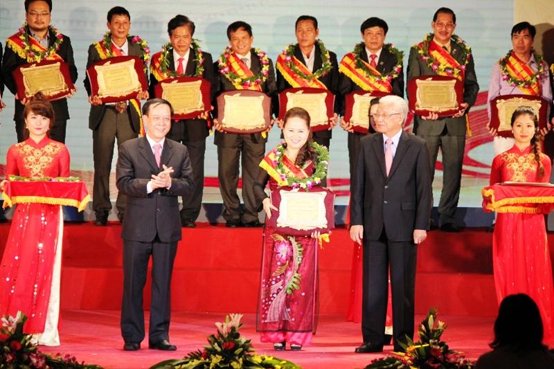 Quảng Ninh: 100 doanh nhân tiêu biểu được vinh danh 3