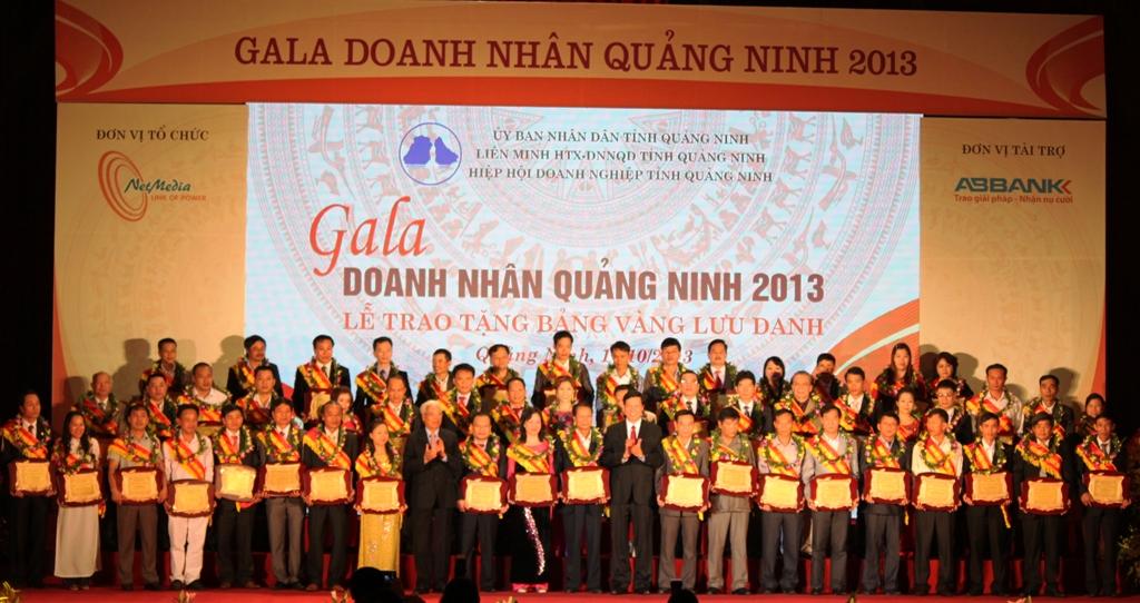 Quảng Ninh: 100 doanh nhân tiêu biểu được vinh danh 5