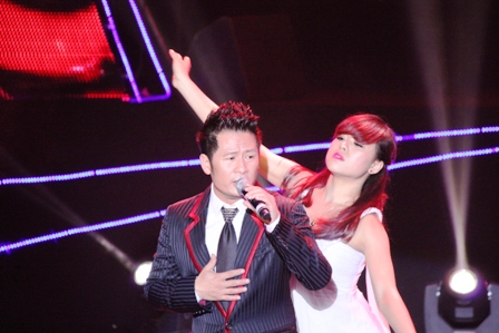 Live concert Bằng Kiều tại Quảng Ninh ế khách 2