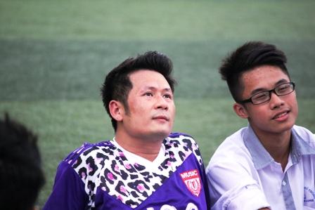 """Bằng Kiều """"tung hoành"""" trên sân cỏ ở Quảng Ninh 23"""