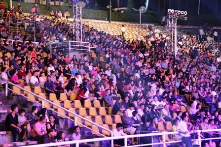 Live concert Bằng Kiều tại Quảng Ninh ế khách 22