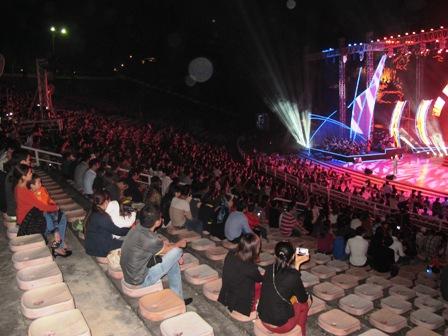 Live concert Bằng Kiều tại Quảng Ninh ế khách 21