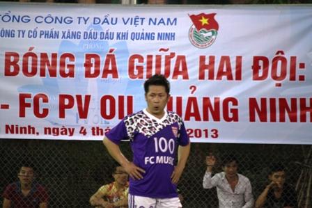 """Bằng Kiều """"tung hoành"""" trên sân cỏ ở Quảng Ninh 18"""