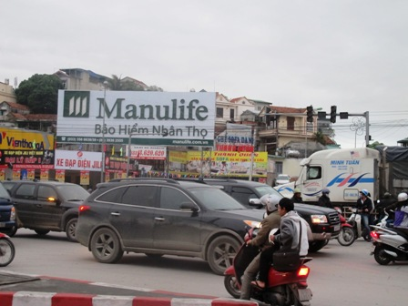Giao thông hỗn loạn tại nút giao thông trung tâm Tp Hạ Long do mất điện 7