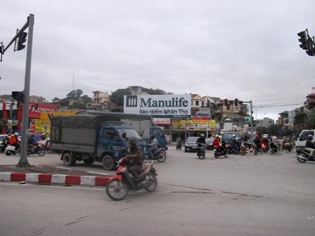 Giao thông hỗn loạn tại nút giao thông trung tâm Tp Hạ Long do mất điện 6
