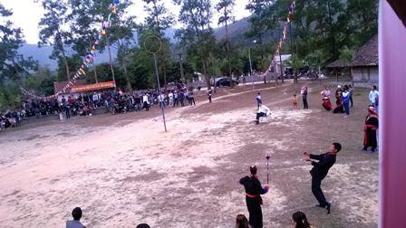 Đặc sắc các trò chơi, môn thể thao dân gian đầu xuân của người Dao 8