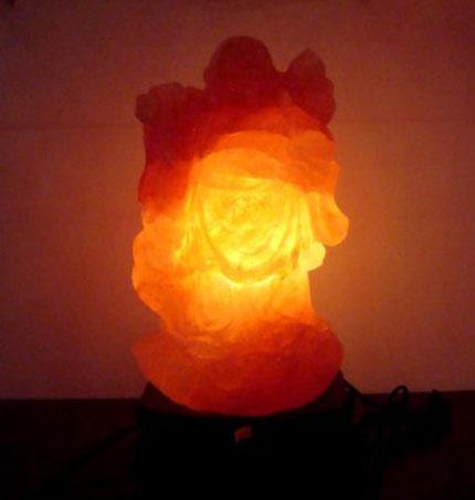 Lạ mắt với đèn đá muối nghệ thuật 2