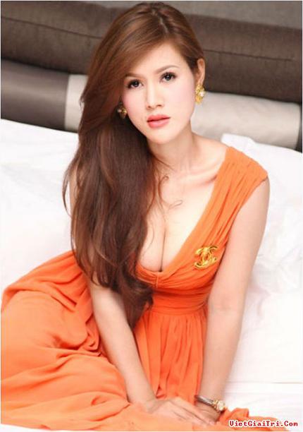 """Ca sĩ Maria Đinh Phương Ánh lần đầu giãi bày về những món quà bạc tỷ của """"đại gia"""" Ả Rập 2"""