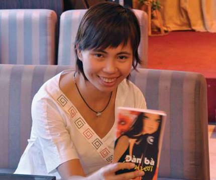 """Nhà văn Trang Hạ: """"Muốn cô ngực bự thì hãy đi...bơm """"của quý""""""""! 1"""