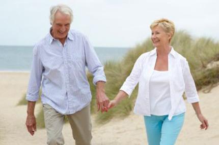 Đi bộ nhanh mẹo nhỏ cải thiện khả năng chăn gối cho nam giới mãn dục 1