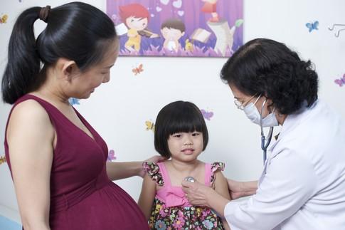 Đối phó tai biến trong tiêm chủng cho trẻ 1