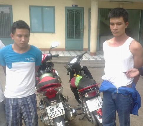 Khống chế hai tên cướp dùng hung khí chống trả quyết liệt 1