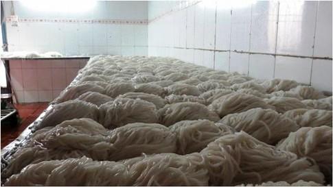 Xem quy trình sản xuất bún tươi 8
