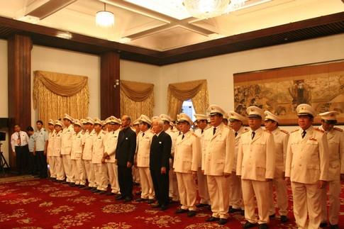 TPHCM: Dòng người đến viếng Đại tướng dài như vô tận 6