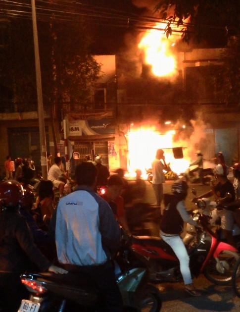 Đồng Nai: Hỏa hoạn kinh hoàng, 5 người bị thiêu sống 1