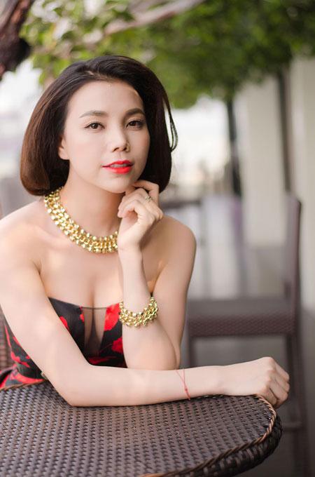 Trà Ngọc Hằng chán làm người đẹp scandal 6