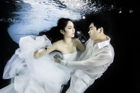 Người mẫu Trúc Diễm chụp ảnh cưới dưới nước 10