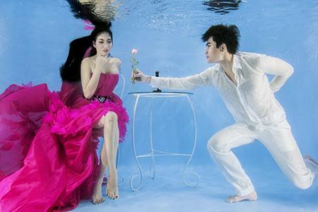 Người mẫu Trúc Diễm chụp ảnh cưới dưới nước 7
