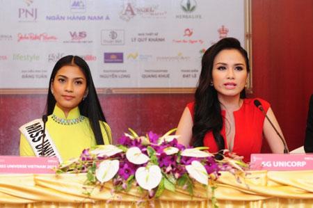 Trương Thị May kém sắc trước vẻ đẹp rực rỡ của hoa hậu Diễm Hương 3