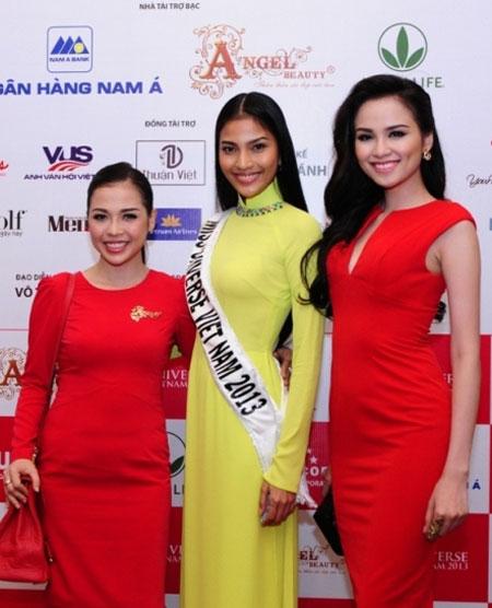 Trương Thị May kém sắc trước vẻ đẹp rực rỡ của hoa hậu Diễm Hương 7