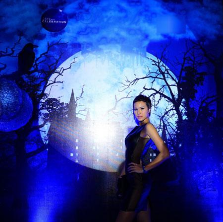 Phương Mai-Trúc Diễm gợi cảm trong lễ Halloween 1