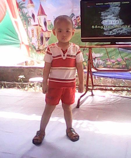 Bé 3 tuổi chống chọi với ung thư máu 5