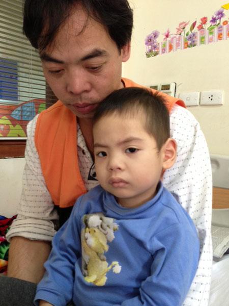Bé 3 tuổi chống chọi với ung thư máu 7