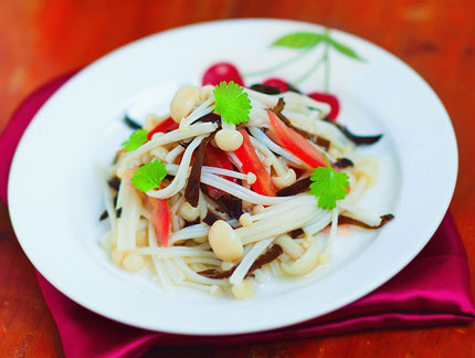 Salad nấm kim châm giòn ngon bổ dưỡng 1
