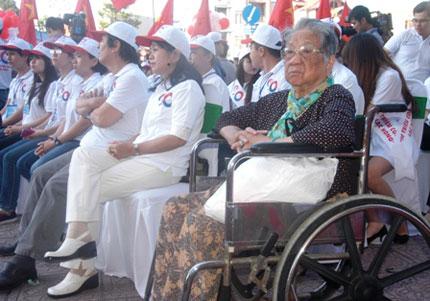 TP HCM: Tưng bừng chào đón dân số vàng 11