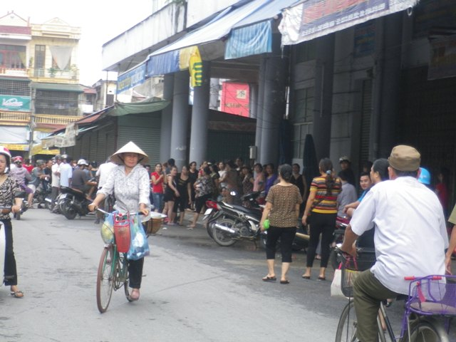 Thanh Hóa: Tiểu thương chợ Vườn Hoa bãi thị 1