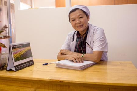 BS CKII Nguyễn Lê Minh Thống khám bệnh miễn phí cho bệnh nhân nghèo   2