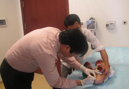 Vinmec phẫu thuật từ thiện cho bệnh nhân tỉnh Hòa Bình 2