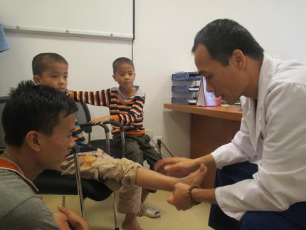 Vinmec phẫu thuật từ thiện cho bệnh nhân tỉnh Hòa Bình 3