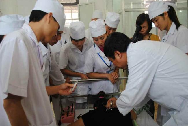 Khai trương Bệnh viện châm cứu vệ tinh tại Lai Châu 1