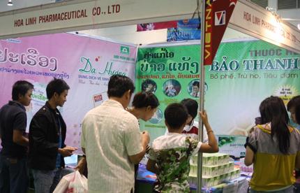 Thuốc ho Bảo Thanh – Từng bước chinh phục thị trường nước bạn Lào 1