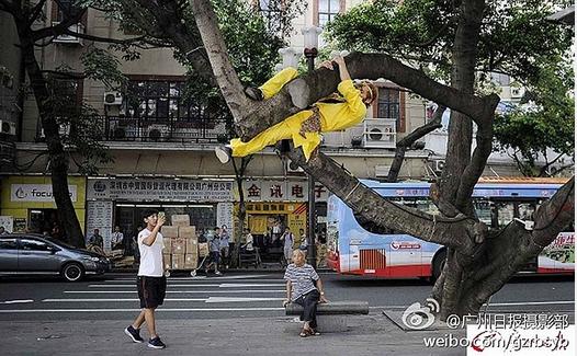 Tận mắt chứng kiến Tôn Ngộ Không đại náo trên phố Trung Quốc 3