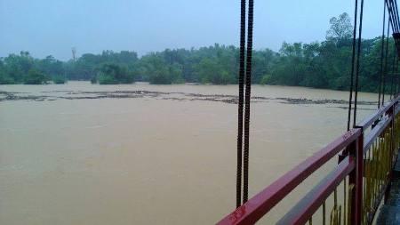 Nước lũ bao trùm tại nhiều địa phương tỉnh Hà Tĩnh 2