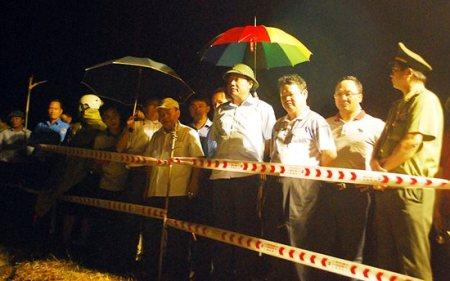 Trắng đêm cứu người bị nạn trong vụ tai nạn xe giường nằm thảm khốc ở Lào Cai 1