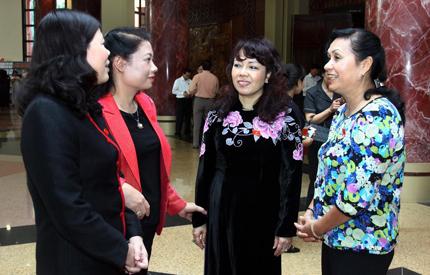 Bộ trưởng Nguyễn Thị Kim Tiến nói về y đức: Hãy nhìn một cách khoan dung và toàn diện 1