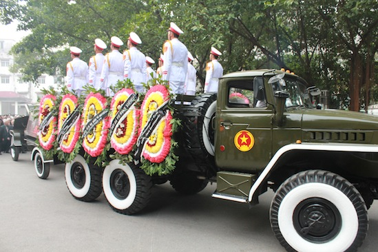 Hình ảnh linh cữu Đại tướng trên các tuyến phố Hà Nội 3