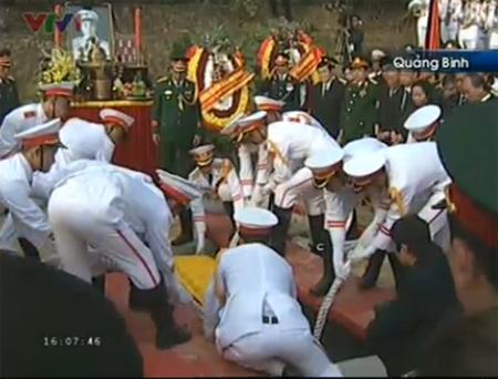 Cận cảnh Lễ an táng Đại tướng tại Vũng Chùa 6