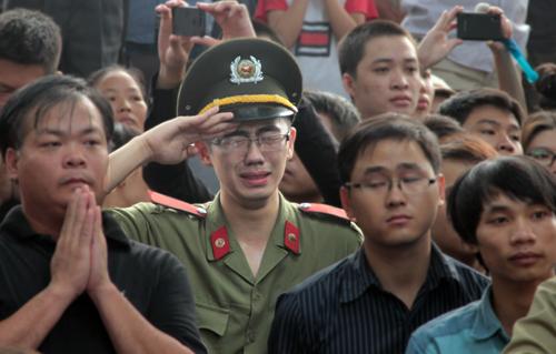 Những hình ảnh không thể quên trong lễ tang Tướng Giáp 7