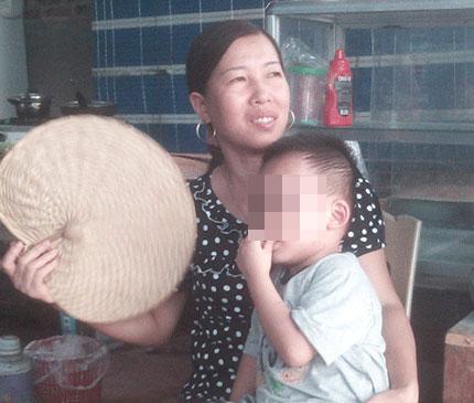 """Bốn năm sau vụ án """"đâm kim khâu ngập đầu trẻ sơ sinh"""": Những đứa trẻ """"gánh tội"""" cho người lớn 1"""