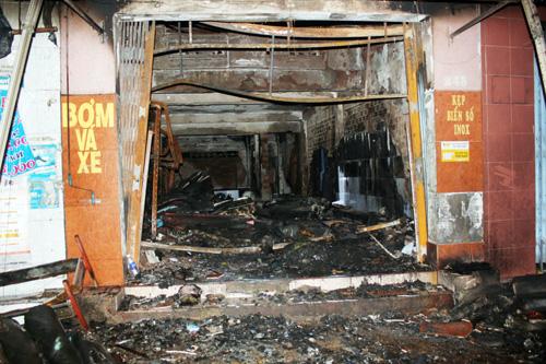Tối định mệnh của 5 người chết cháy trong tiệm bọc yên xe 4