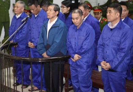 """Hai cựu lãnh đạo Vinalines nhận án tử vì tội """"tham ô"""" 1"""